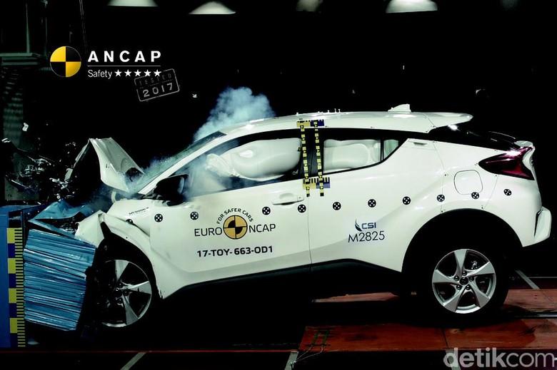Diuji Tabrak, Toyota C-HR Dapat 5 Bintang