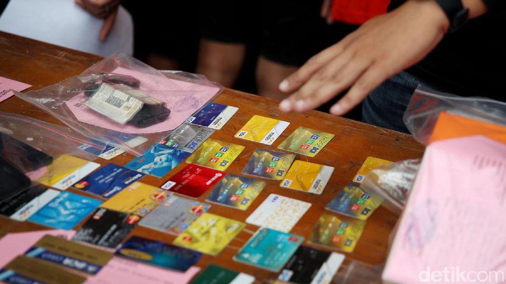 Begini Caranya Agar Uang di Rekening Bank Tak Dicuri
