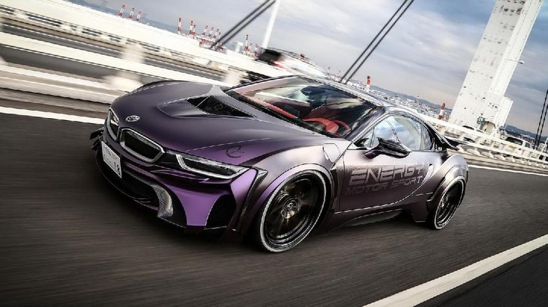 BMW i8 Ala FIlm The Dark Knight