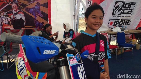 <I>Crosser</I> Wanita Indonesia Ini Petik Banyak Ilmu dari Para <I>Crosser</I> MXW