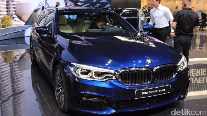 Mobil Keluarga BMW