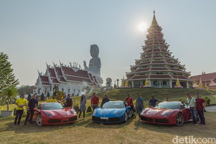Pengguna Ferrari Indonesia Jalan-jalan di Chiang Rai