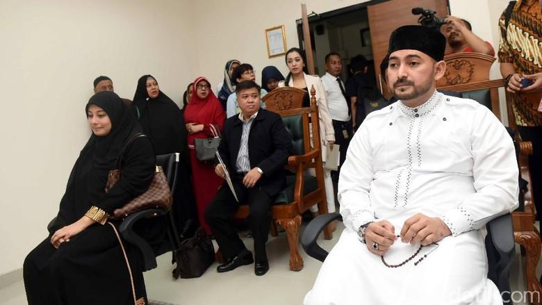 Ceraikan Istri Kedua, Ustad Al Habsyi Khianati Kepercayaan Putri Aisyah