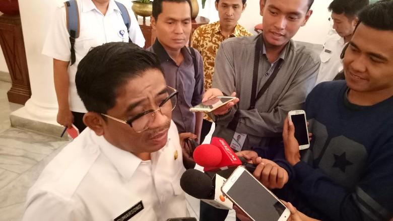 393 Spanduk Provokatif Diturunkan, Terbanyak di Jakarta Barat