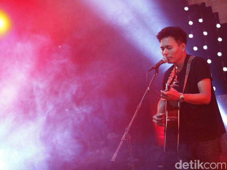 The Journey, Rangkuman Perjalanan Rendy Pandugo Selama 5 Tahun