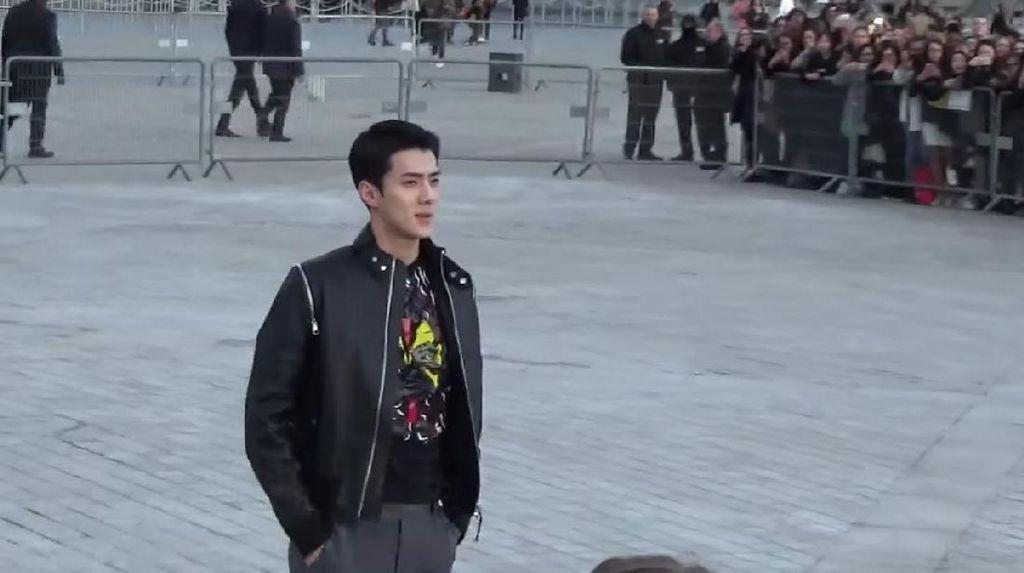 Sehun EXO, Pria Berbusana Terbaik di Louis Vuitton Versi Vogue