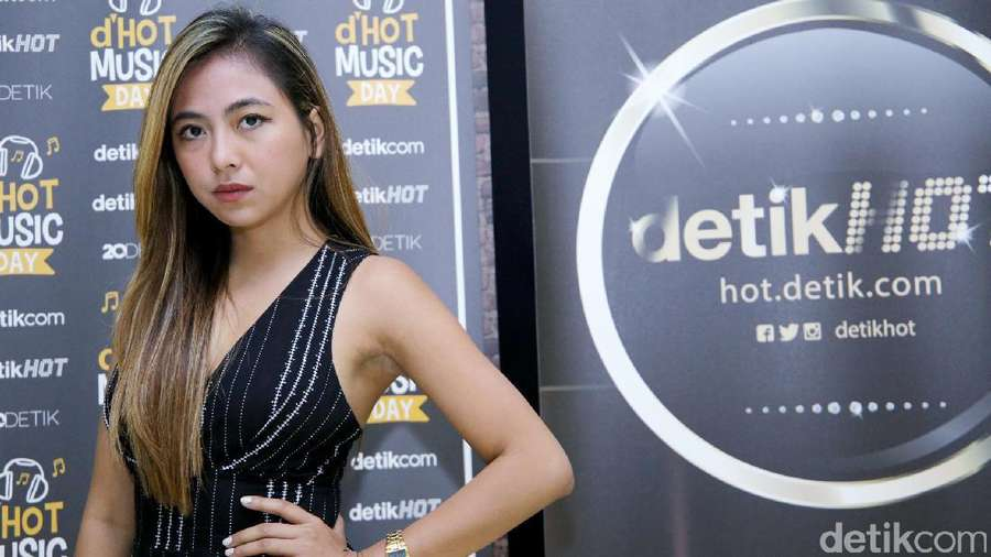Cantiknya Nadia Vega Bikin Gagal Fokus