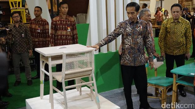 Buka Pameran Furnitur, Jokowi: Ekspor Harus Kita Dorong