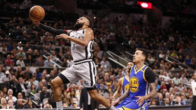 Duel Tim Pelapis, Spurs Kalahkan Warriors