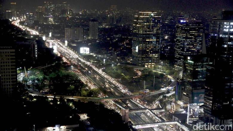Bakal Semarak, Simpang Susun Semanggi Diterangi Lampu Warna-warni