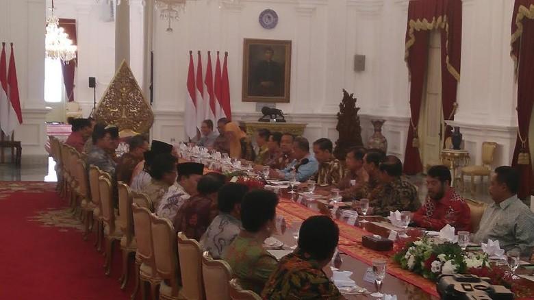 Jokowi akan Bagikan Hampir 30 Juta Hektare Lahan ke Masyarakat