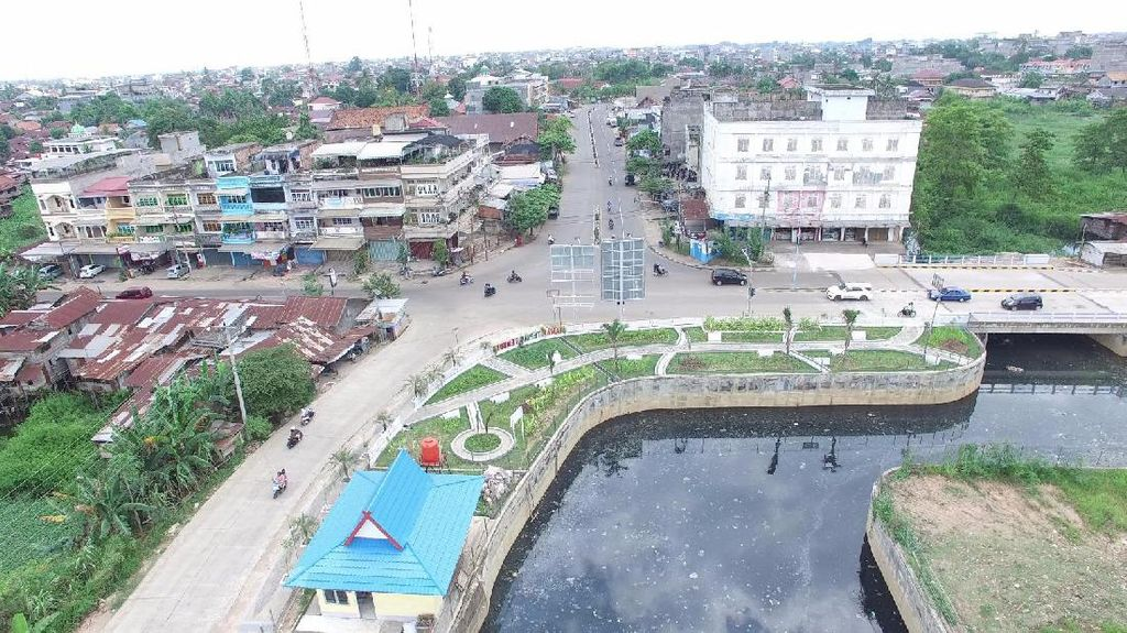 Cegah Banjir, Drainase Utama di Kota Jambi Diperbaiki