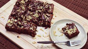 Yuk, Bikin Brownies Unik dengan Taburan Keripik Kentang