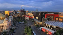 Trans Studio Bandung Hadirkan Glenn Fredly dan Late Night Shopping