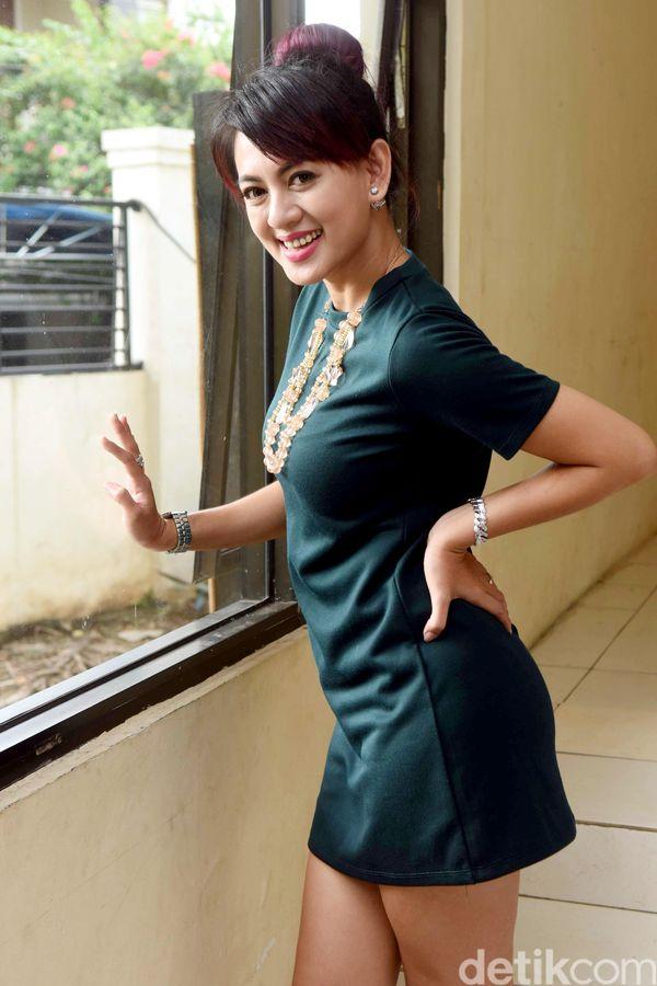 Foto Hot Yeyen Lidya
