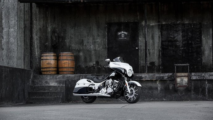 Hasil Perkawinan Indian Motorcycle dan Jack Daniels