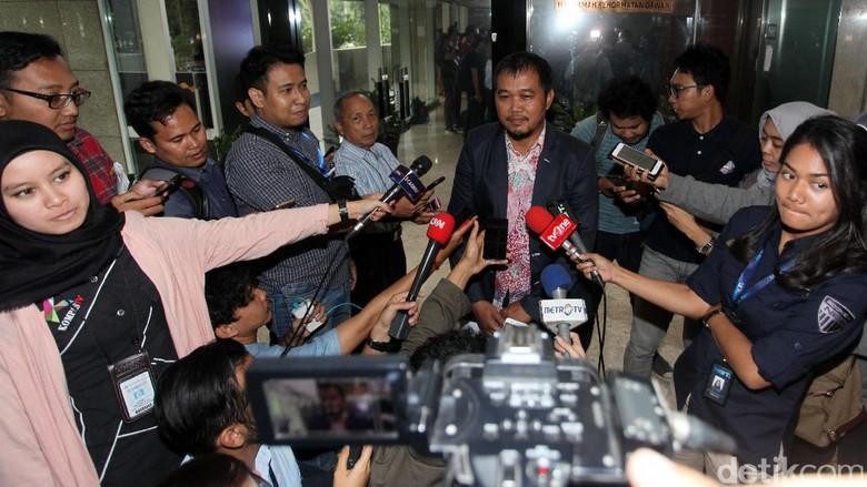 Duit Rp 10 Juta Sayembara Setya Novanto Disumbangkan ke Yatim