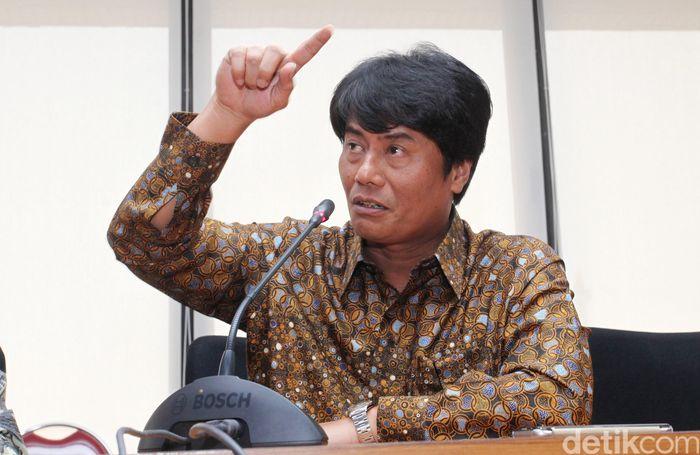 Rapat Umum Pemegang Saham (RUPS) PT Pertamina (Persero) hari ini memutuskan untuk mengangkat Elia Massa Manik menjadi Direktur Utama.