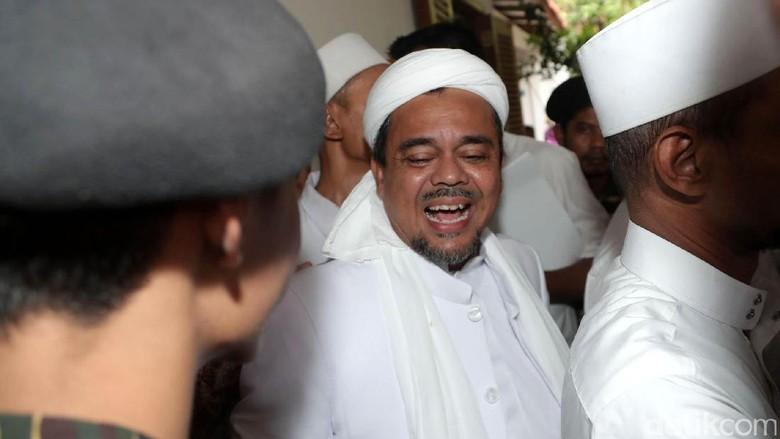 Beredar Red Notice Interpol atas Habib Rizieq, Polisi: Itu Hoax