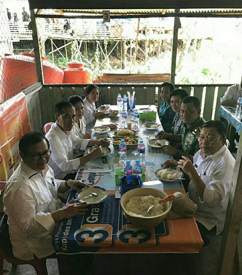 Saat Jokowi Makan di Warung yang Berjarak 4 Km dari Malaysia