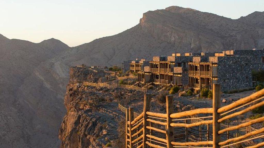 Foto: Hotel Cantik di Atas Gunung Ala Timur Tengah