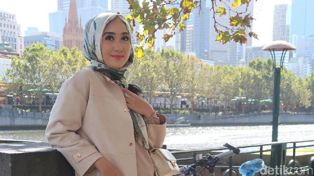 Strategi Dian Pelangi Hadapi Brand Fashion Dunia yang Mulai Jual Hijab