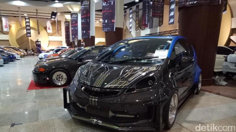 Adu Keren Modifikasi Mobil Mulai Digelar di Surabaya