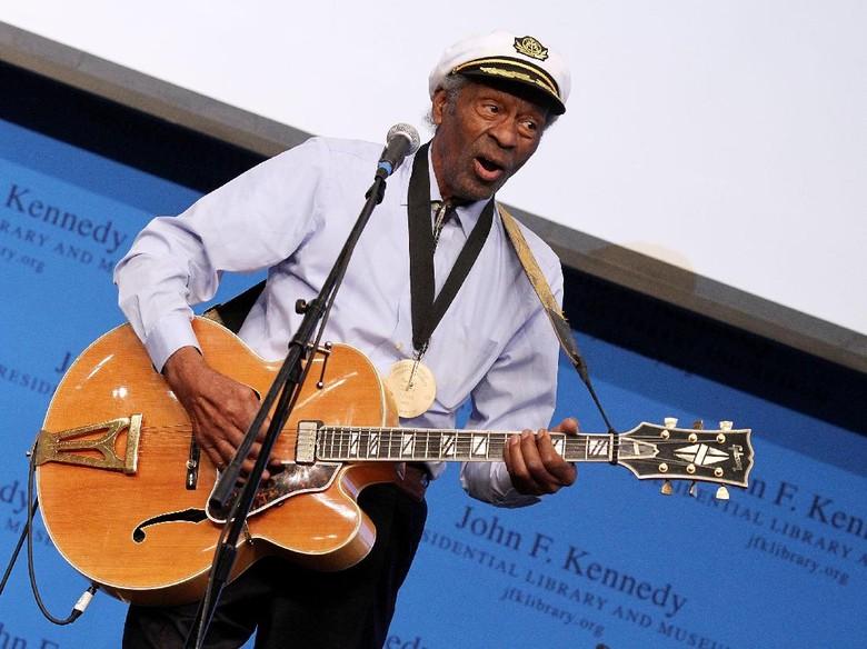 Legenda Rock n Roll Chuck Berry Meninggal Dunia di Usia 90 Tahun