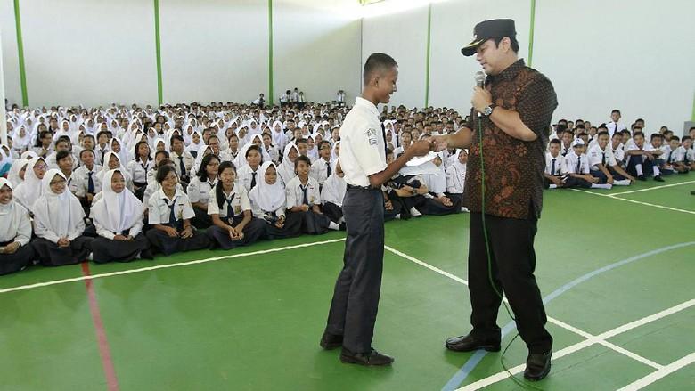 Atasi Macet, Pelajar di Semarang Dianjurkan Naik Bus Sekolah