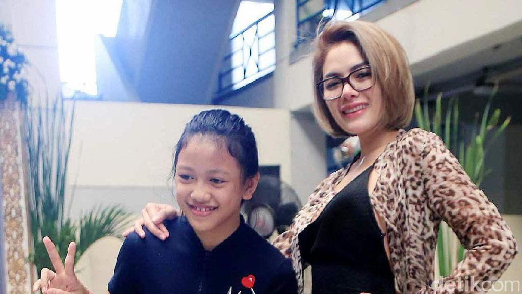 Nikita Mirzani Sediakan Bodyguard untuk Anak Perempuannya