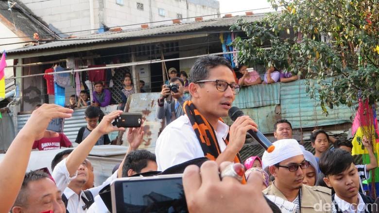 Sandiaga Janji Bajaj Gabung ke OK Otrip, Sopir Digaji Sesuai UMP