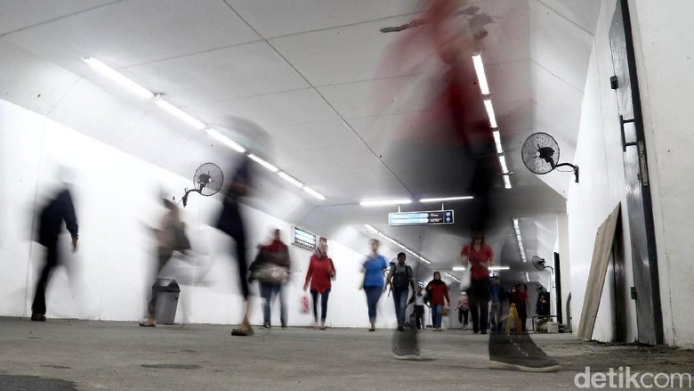 Melihat Underpass Stasiun Manggarai