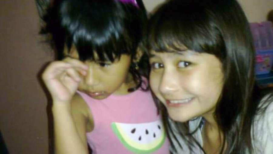 Lihat Foto Masa Kecil Prilly Latuconsina Yuk!