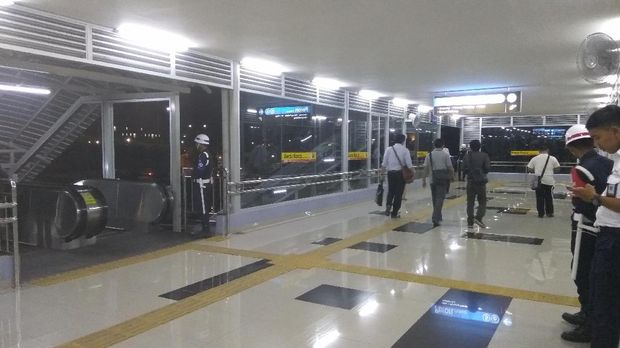 Begini Kerennya JPO di Stasiun Tanah Abang