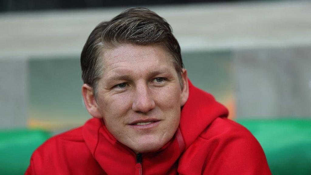 Dekati Schweinsteiger, Klub Kecil Jerman Ini Siap Ubah Nama Stadion