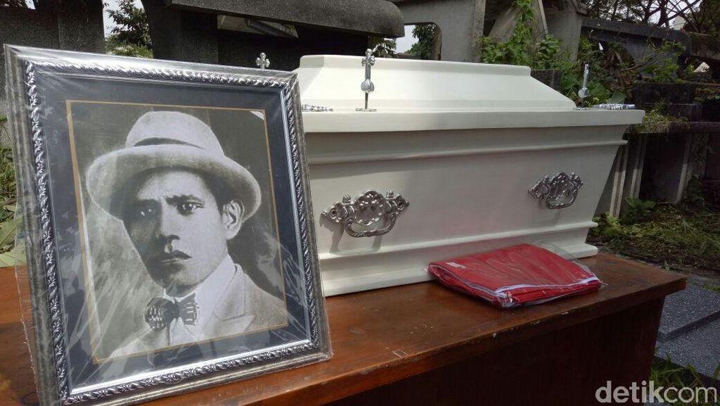 Makam Tokoh Era Kemerdekaan AJ Patty Dipindah dari Bandung ke Ambon