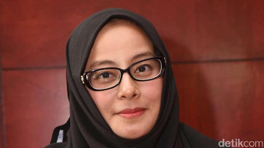 Punya Istri Cantik Begini, Kok Masih Poligami Al Habsyi?