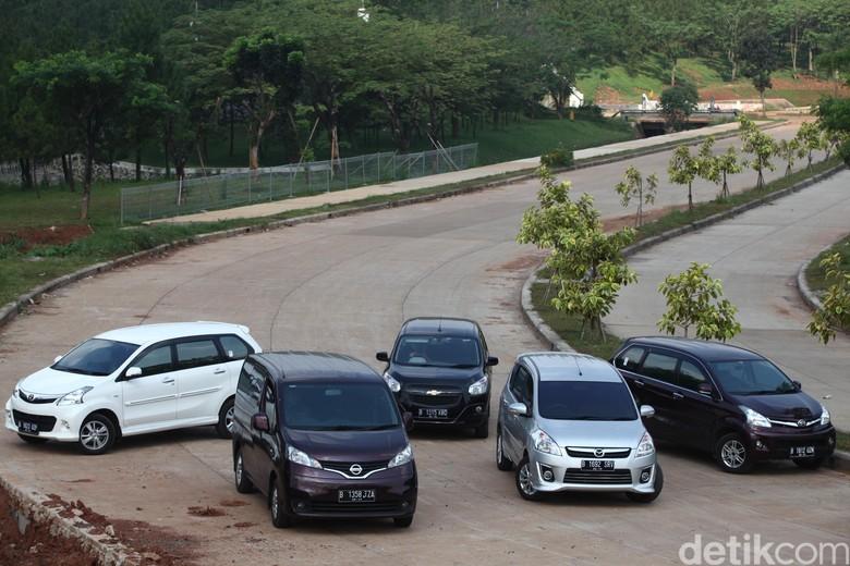 Ini Alasan Orang RI Lebih Suka Beli Mobil MPV Ketimbang Sedan