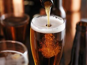 Benarkah Rutin Minum Bir atau Wine Bisa Memperpanjang Usia? Ini Kata Ahli