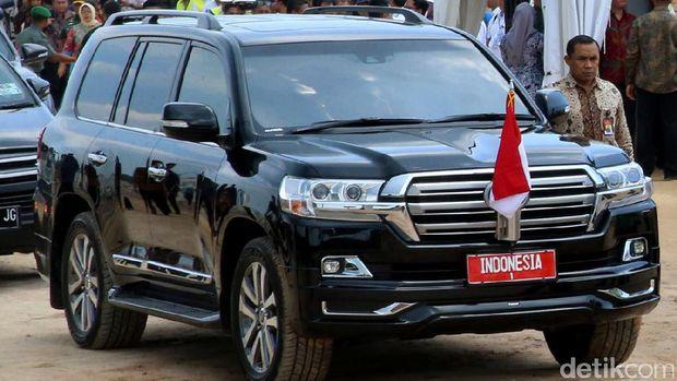 Mobil kepresidenan Toyota Land Cruiser