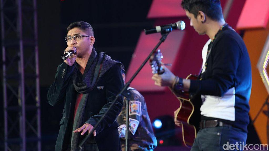 Nyanyi di Singapura, Pasha Ungu Tak Pamit ke Sumarsono