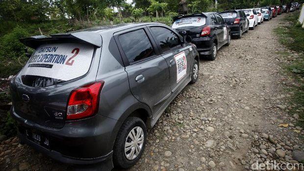 Risers Datsun Kunjungi Sekolah di Pelosok Bulukumba