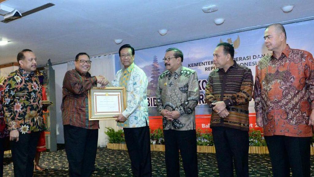Dukung Koperasi dan UKM, 4 Gubernur Dapat Penghargaan