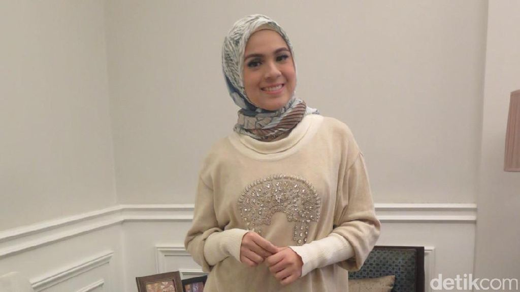 Hijabers Bersuara Merdu Pikat Nycta Gina di Sunsilk Hijab Hunt Surabaya