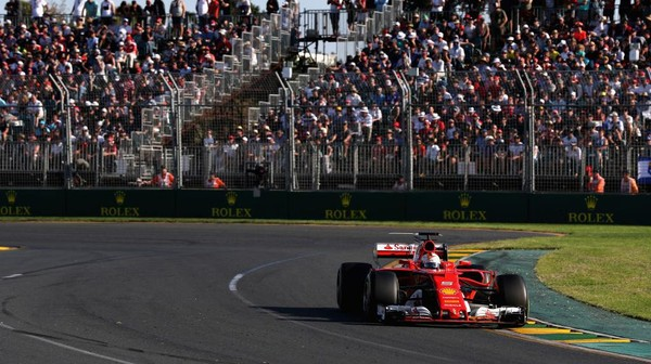 Vettel Menangi Balapan Pembuka Musim, Hamilton Finis Kedua