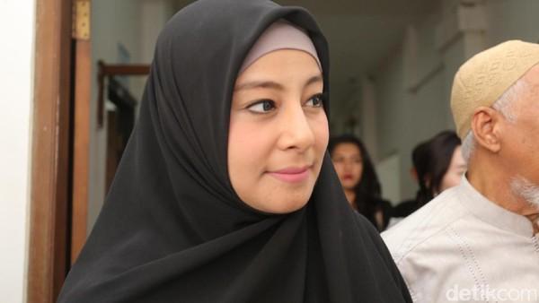 Perceraian Segera Diputus, Ustad Al Habsyi Tetap Tak Ingin Pisah