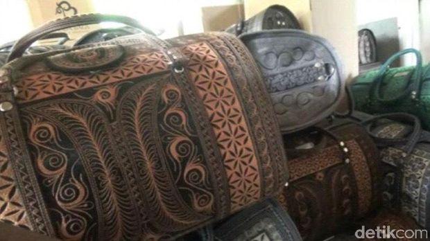 Tas motif asal Aceh