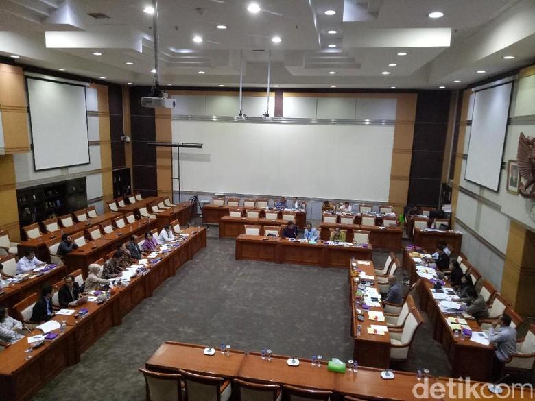 Di DPR, Calon Hakim Agung Kamar Militer Ditanya Tradisi Siap Salah