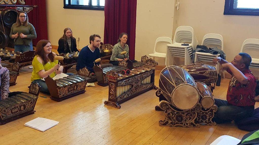 Promosikan Budaya, KBRI Datangkan Pengajar Gamelan ke Skotlandia