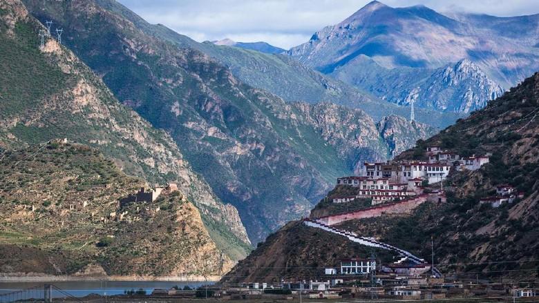 Kuil Drigung yang jadi lokasi ritual (Drikung Kagyu Foundation)